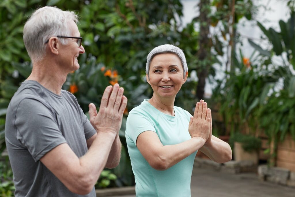 योग क्या है योगासन के फायदे और प्रकार : what is yoga in Hindi